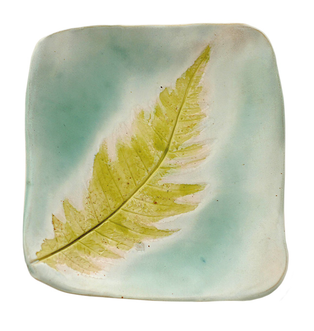 2011_GreenLiving_GreenTrends_FernPlate