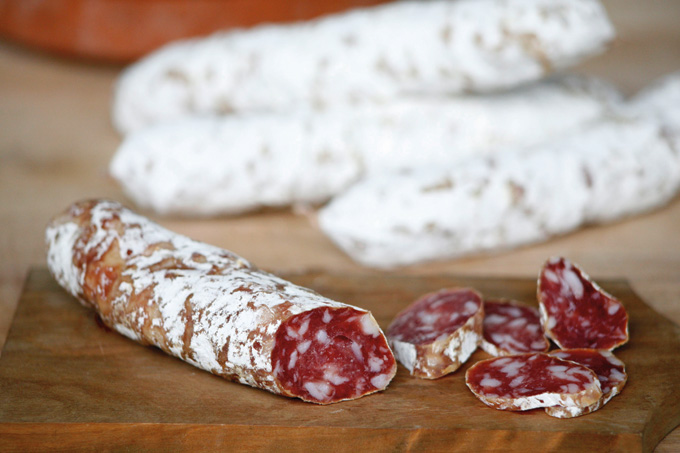 2011_GreenLiving_GreenTrends_SaucissonDarles