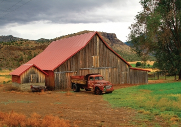 Barns of Oregon